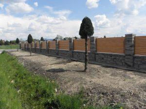ogrodzenie_aluminiowe_plissee_drewno