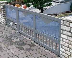 ogrodzenie_aluminiowe-blacha_perforowana-brama1