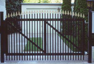 plot_palisadowy_ogrodzenie_aluminiowe10